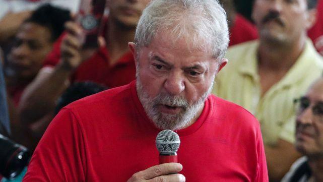Camarista aseguró que la detención de Lula puede ser inminente