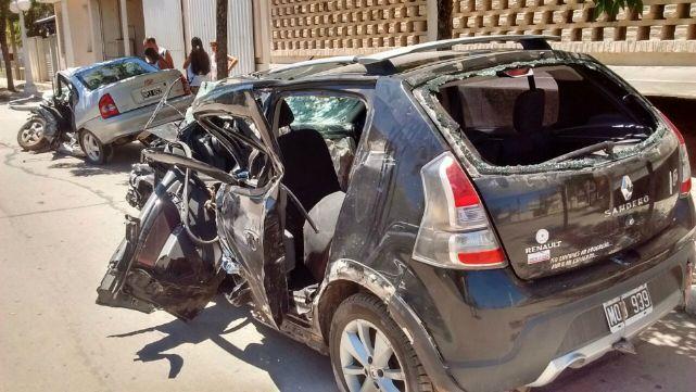 4 muertos y 7 heridos en brutal triple choque en Santa Fe