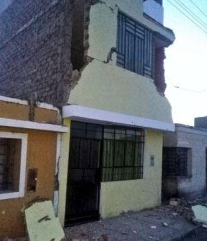 Muertos y heridos tras potente sismo en Perú