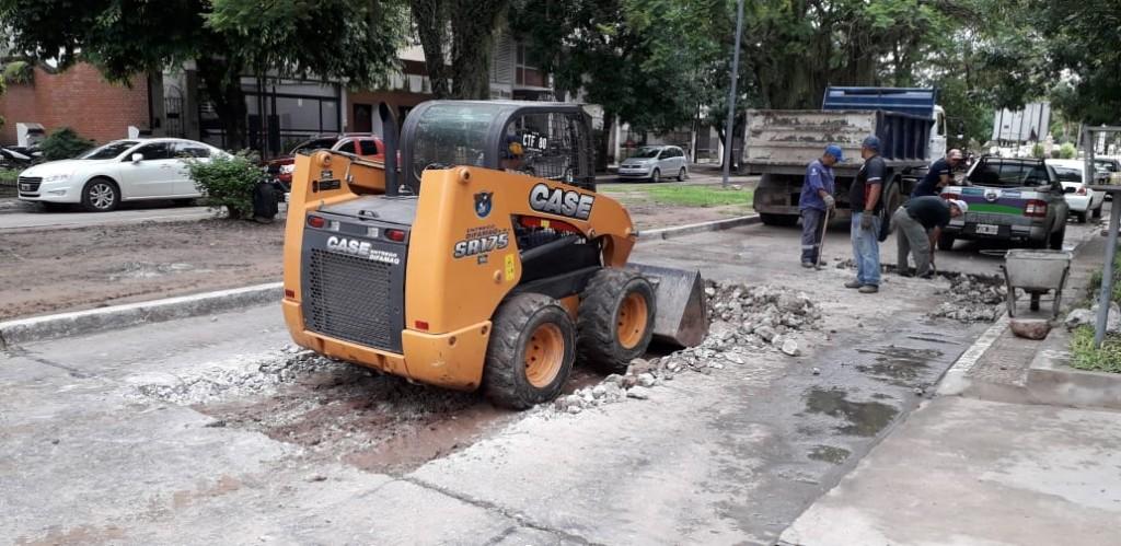 El municipio realiza tareas de bacheo en el macrocentro