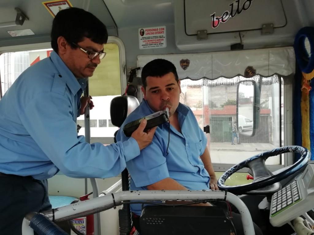 Controles de alcoholemia y transporte dejan saldo de diez vehículos derivados al corralón