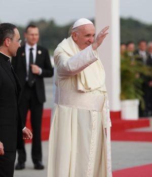 Francisco llegó a Panamá para hablarle a los jóvenes