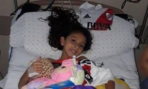Gran gesto de Ponzio con la nena apuñalada en Florencio Varela