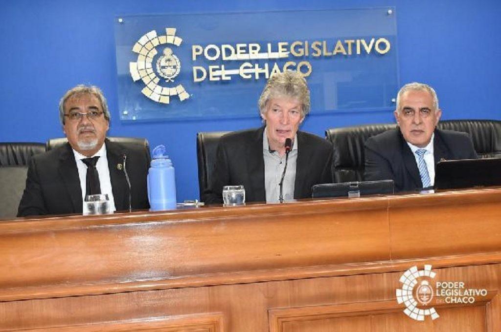 Sager acompaña acuerdo de integración regional con Paraguay en el marco de la Fiesta del Chamamé de Puerto Tirol