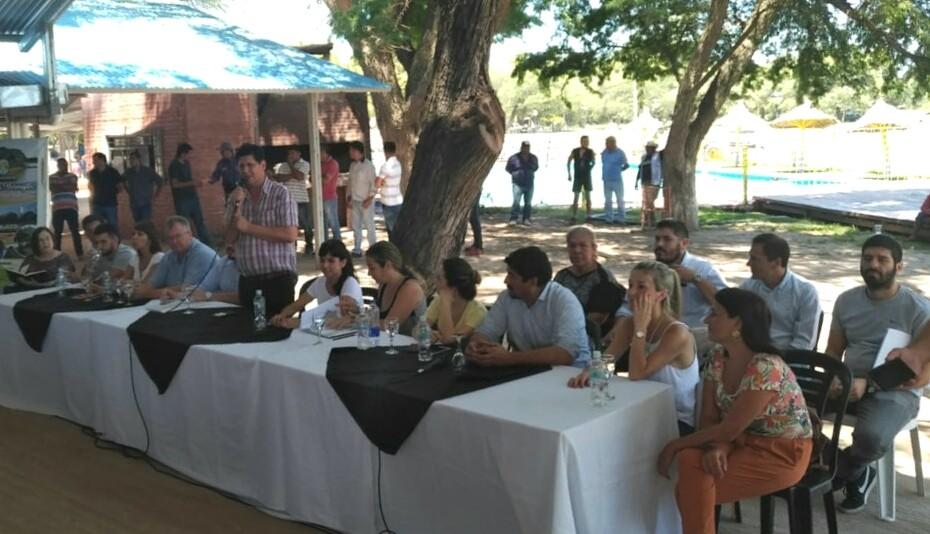Villa Río Bermejito: Provincia y Municipio articulan acciones para promover el desarrollo turístico