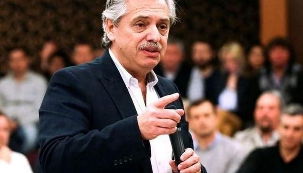 Alberto Fernández cerró el aumento para empleados públicos