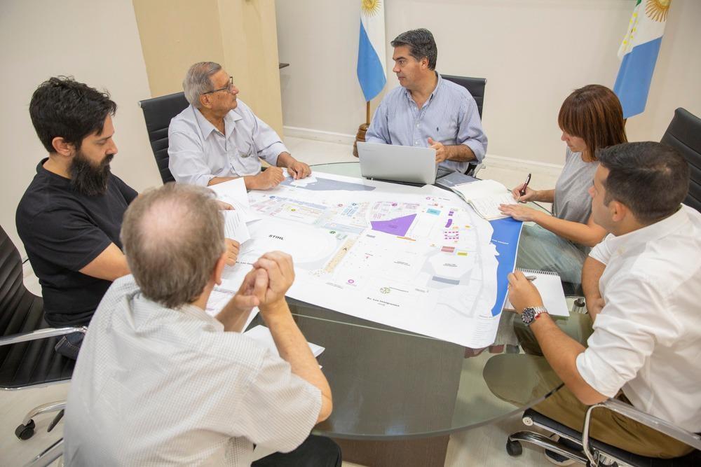 El Gobierno y la Fundación Urunday avanzan en la organización de la XII Bienal Internacional de Escultura