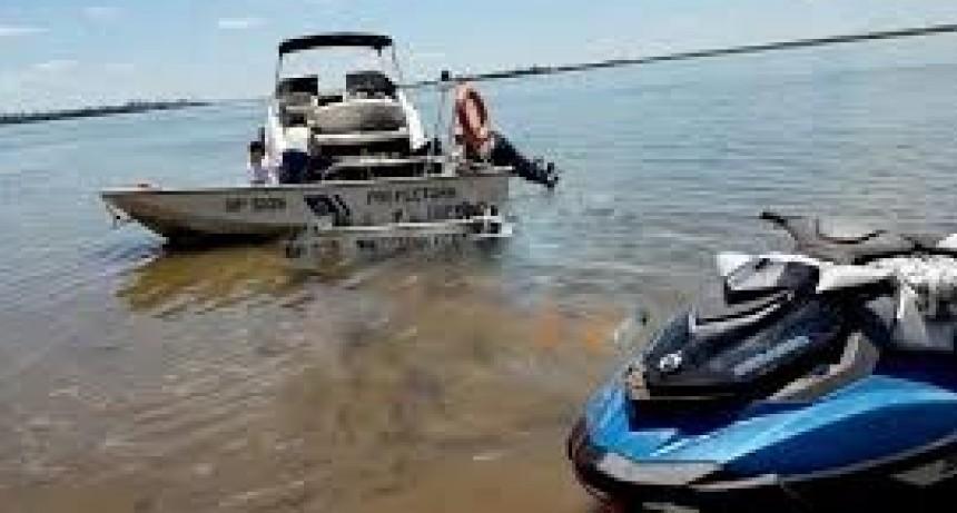 Murió un joven al caer de una moto de agua luego de ser embestido por una lancha