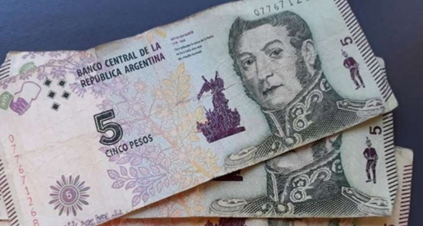Defensa al Consumidor advierte que los comercios que no acepten billetes de $5 incurren en práctica abusiva