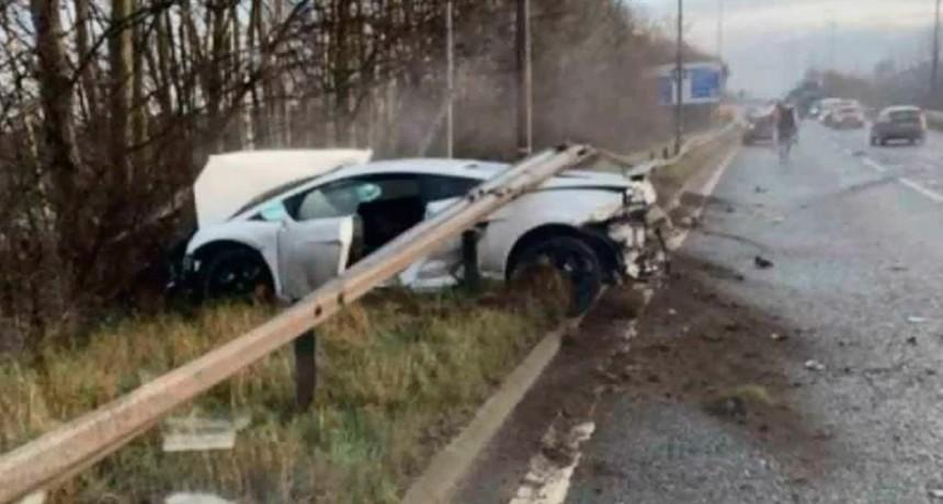 El arquero Sergio Romero chocó con su auto en Manchester y salió ileso