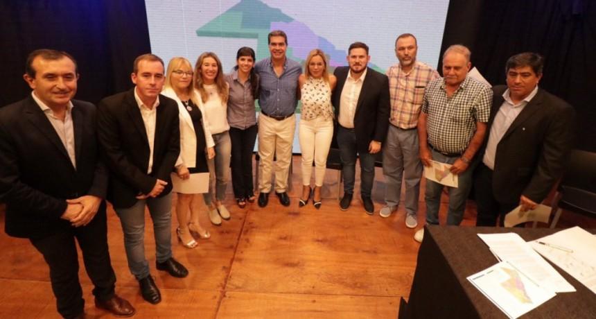 Capitanich completó la nueva regionalización de la provincia
