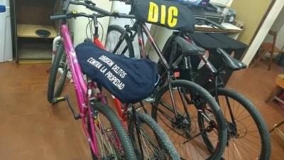 Atrapan a un hombre que vendía bicis robadas por las redes sociales