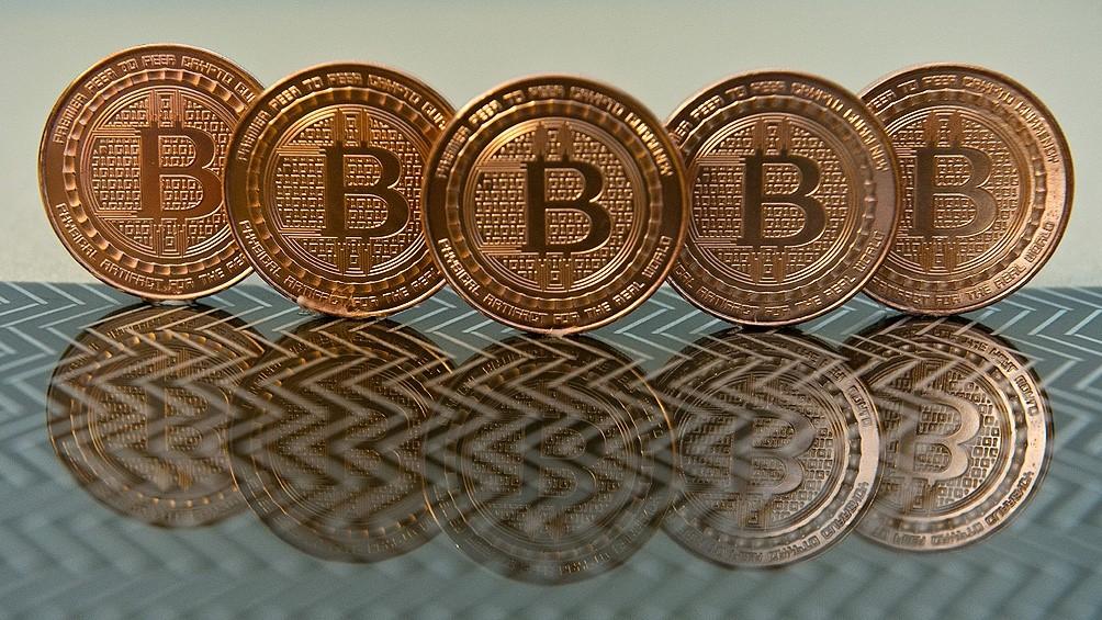 Bitcoin: la criptomoneda que concentra el 70% del mercado y que apuestan seguirá al alza