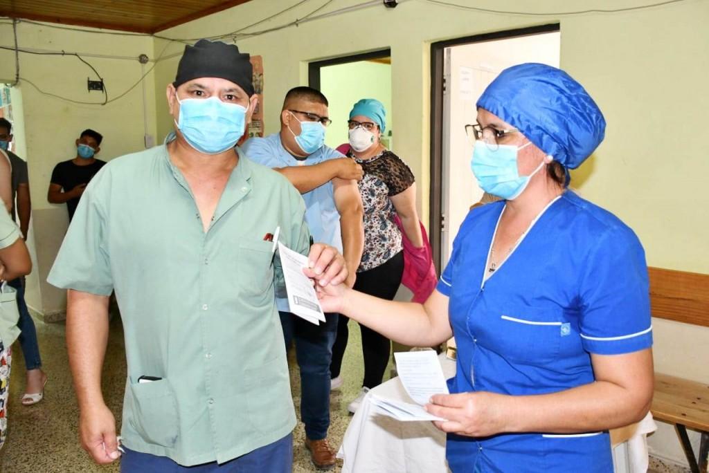 COVID-19: Basail, Charadai y Cote Lai recibieron las vacunas SPUTNIK V