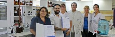 OTORGARON LA RECERTIFICACIÓN ISO 9001 AL LABORATORIO DE LA APA