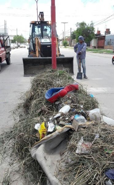 Nuevos operativos de limpieza y  erradicación de minibasurales