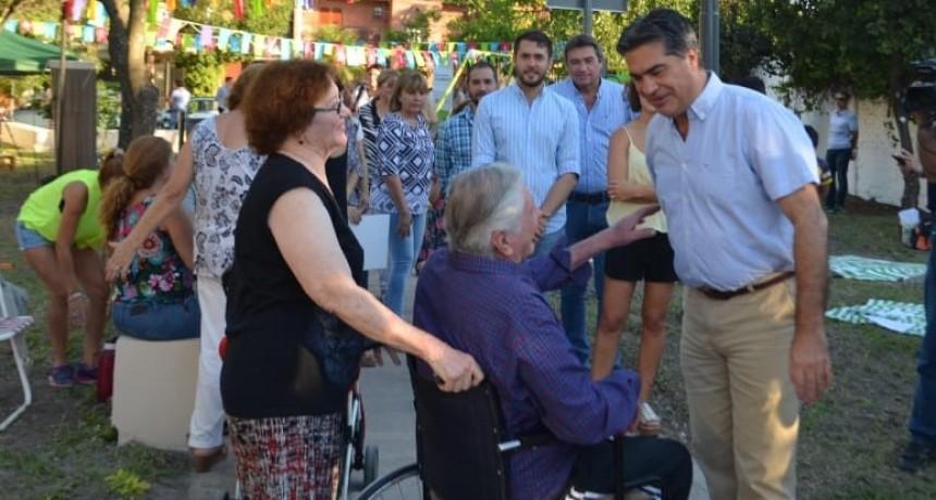 Junto a vecinos, Capitanich inauguró la recuperación y refacción integral de la Plazoleta Codutti