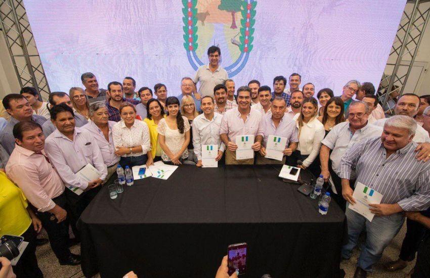Capitanich presentó el Plan para Municipios que plantea la descentrlización del Estado