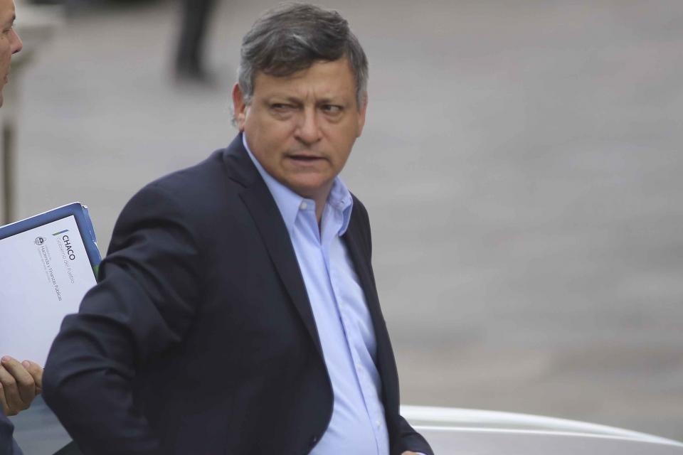 El ex gobernador Domingo Peppo fue denunciado a poco de ser aprobado para asumir como Embajador en Paraguay