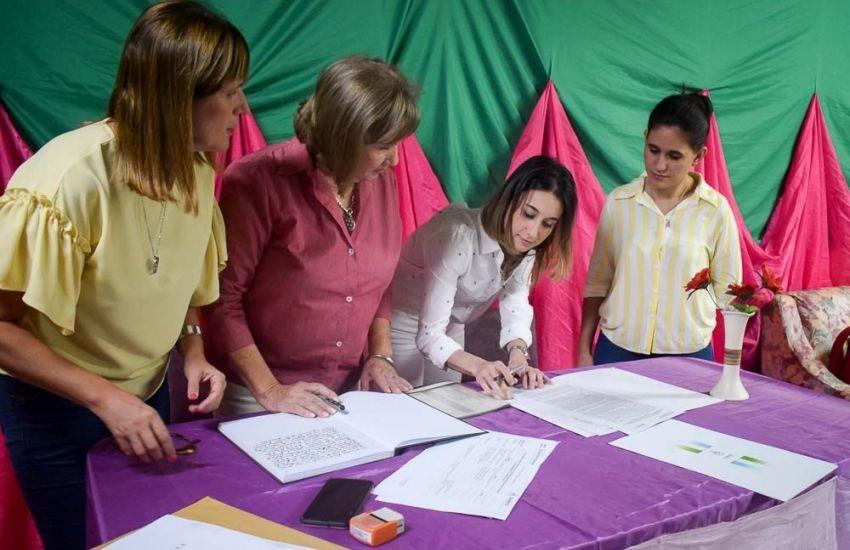 Desarrollo Social firmó convenio con una Asociación Civil para la contención de mujeres adultas mayores