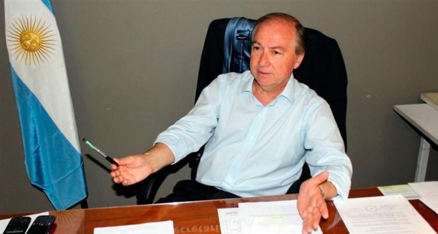 """Carlos Salom: """"Es una grave situación desde el punto de vista institucional y democrático"""""""