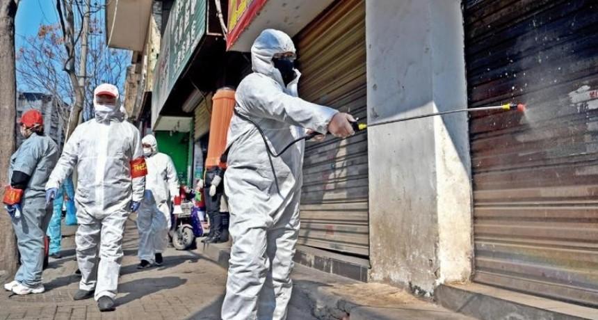 El coronavirus deja más de mil muertos y la OMS teme su propagación fuera de China