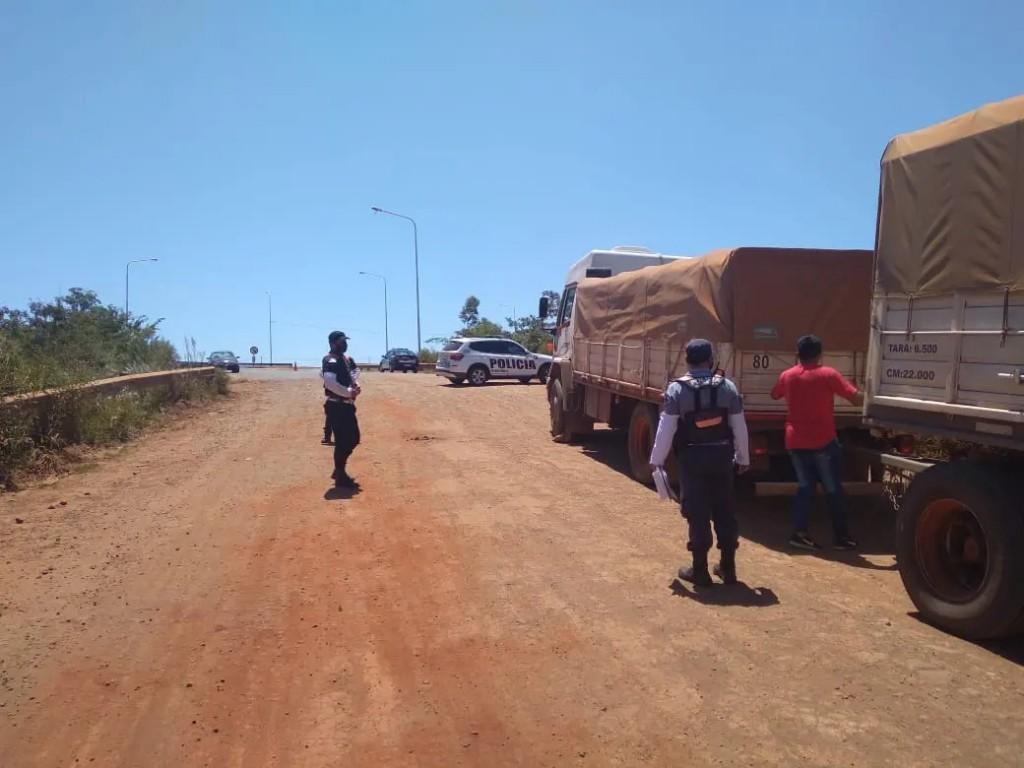 Dos camiones transportaban 40 mil kg de soja