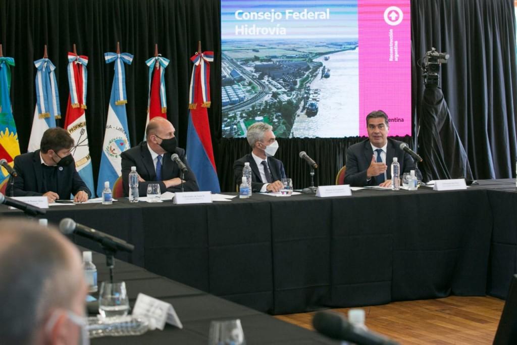 Capitanich participó del primer encuentro del Consejo Federal por la Hidrovía Paraná-Paraguay