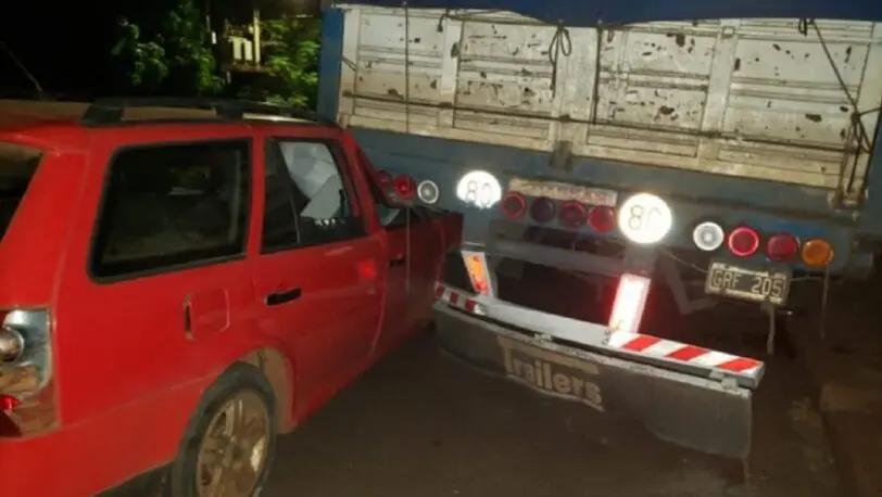 Alcohol al volante: automovilista se incrustó en un camión