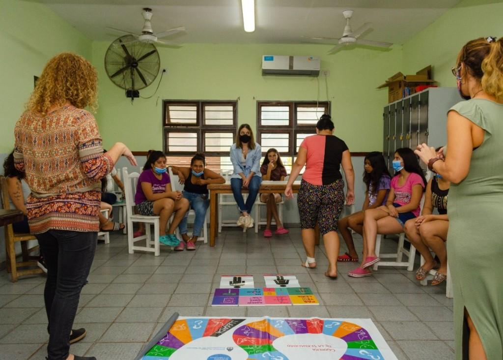 Desarrollo social avanza con la formación de salud integral en sus instituciones