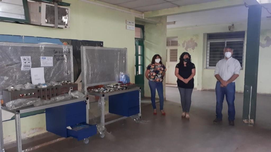 Educación entregó equipamiento a escuelas técnicas de Las Breñas y Charata