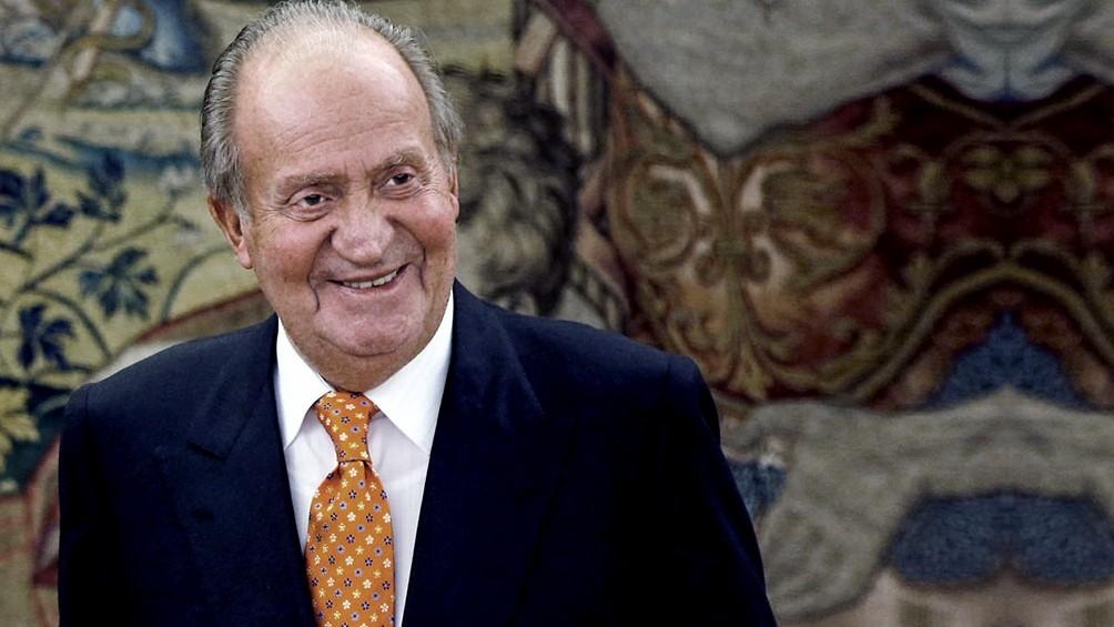 Amigos le prestaron plata al rey emérito Juan Carlos para pagar su deuda con el fisco