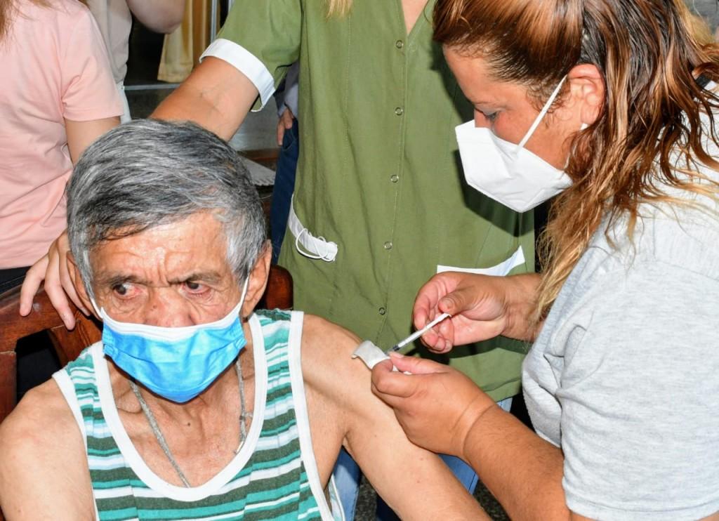 Este lunes inicia la segunda etapa de la campaña provincial de vacunación contra covid-19