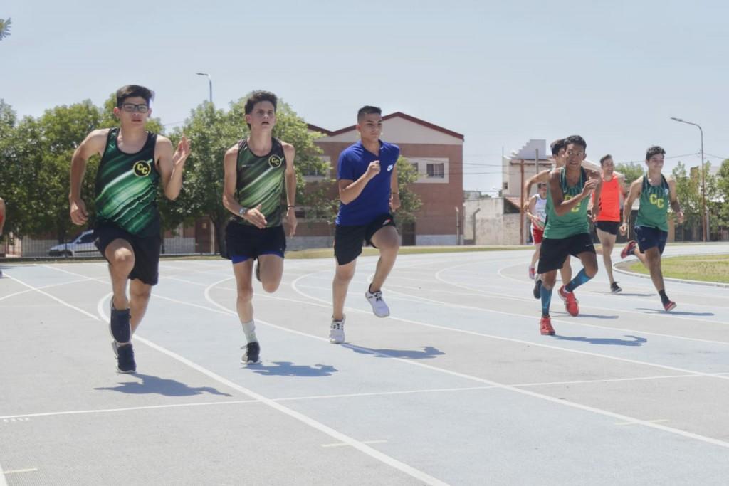 Primer nacional virtual de atletismo en el Jaime Zapata