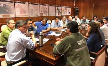 Reunión de Comité de Emergencia en casa de gobierno junto a Gobernador, Intendentes y funcionarios.