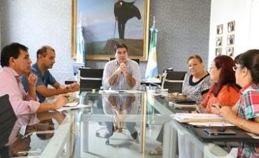 El intendente acordó amplia agenda de trabajo con la comisión vecinal del barrio Aeropuerto