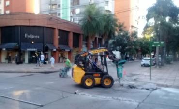 El municipio avanza con trabajos de bacheo en el microcentro de la ciudad