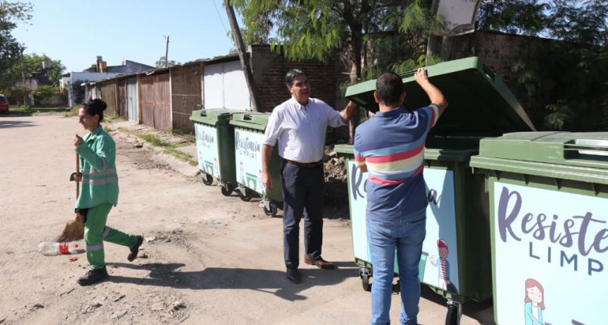 El municipio instalará 300 nuevos contenedores sustentables y sustituirá los de metal