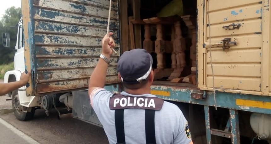 CAMINERA CHARATA INTERCEPTA TRANSPORTES ILEGALES