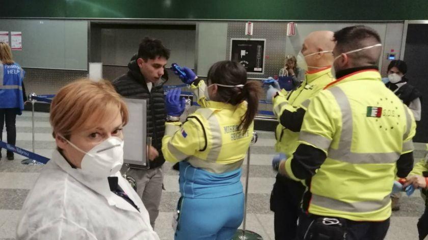 Coronavirus: identificaron y aislaron a siete pasajeros que viajaron junto al primer paciente argentino