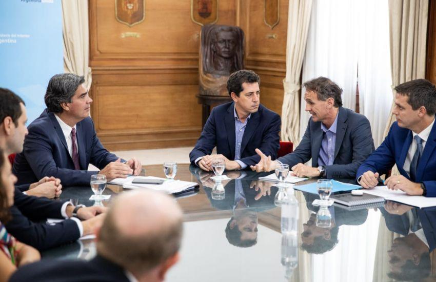 Capitanich se reunió con Wado de Pedro Gabriel Katopodis para avanzar en obras estratégicas para la provincia