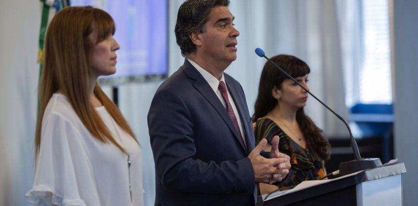 Coronavirus: Capitanich firmó tres decretos para fortalecer la prevención en la provincia