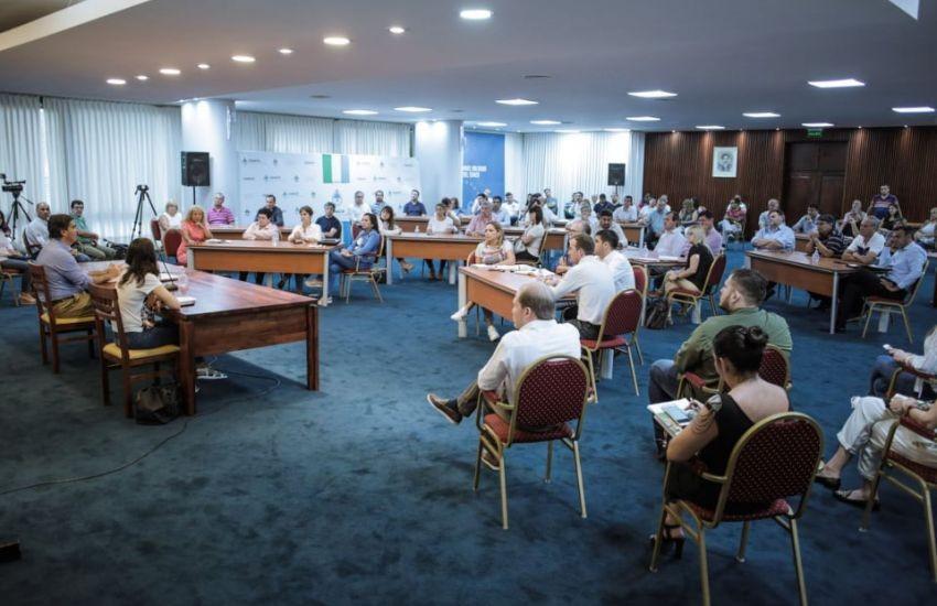Capitanich encabezó un encuentro con intendentes para unificar protocolos de actuación frente al Coronavirus