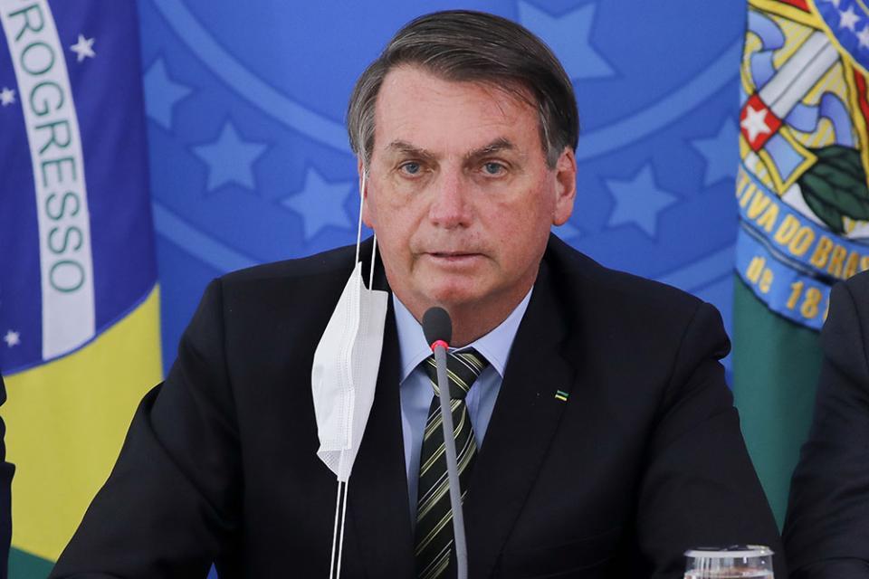 Bolsonaro definió el coronavirus como una