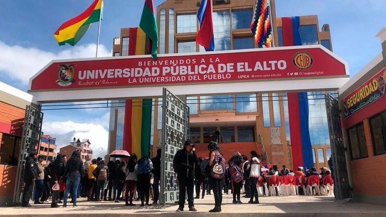 Video: Tragedia en Bolivia al menos 5 estudiantes universitarios murieron al caer de un cuarto piso