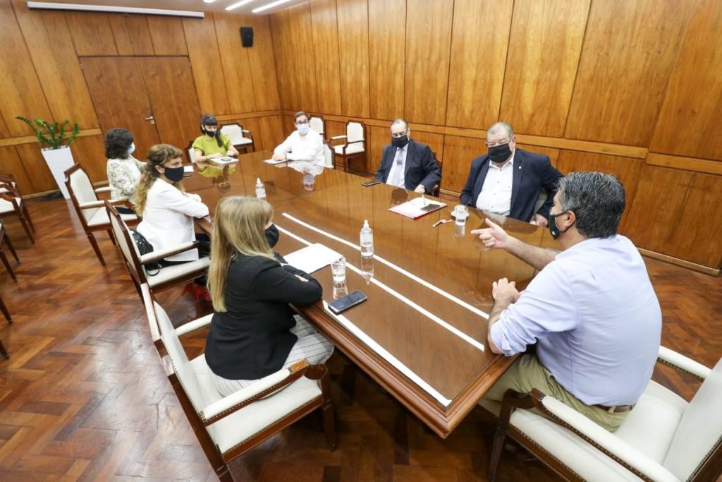 Gobierno y Poder Judicial definieron una mesa de trabajo para optimizar el acceso a la justicia