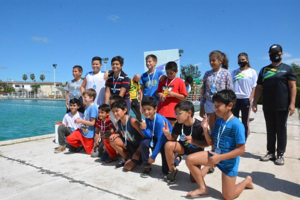 En marcha el campeonato chaqueño de acuatlón en el instituto del deporte