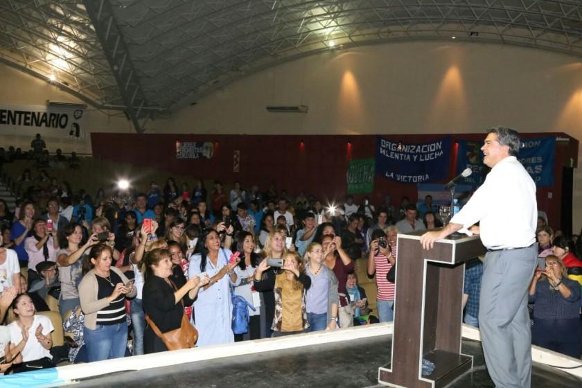 En el Domo, Capitanich participó del Encuentro Nacional de Mujeres Peronistas