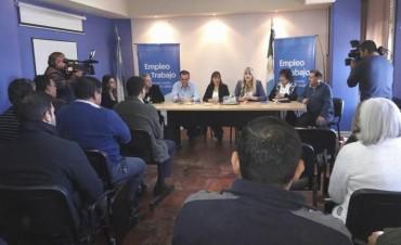 EMPLEO E INDUSTRIA COORDINAN CON NACIÓN MEDIDAS PARA SOSTENER LOS PUESTOS DE TRABAJO DE FRIGORÍFICOS Y TEXTILES