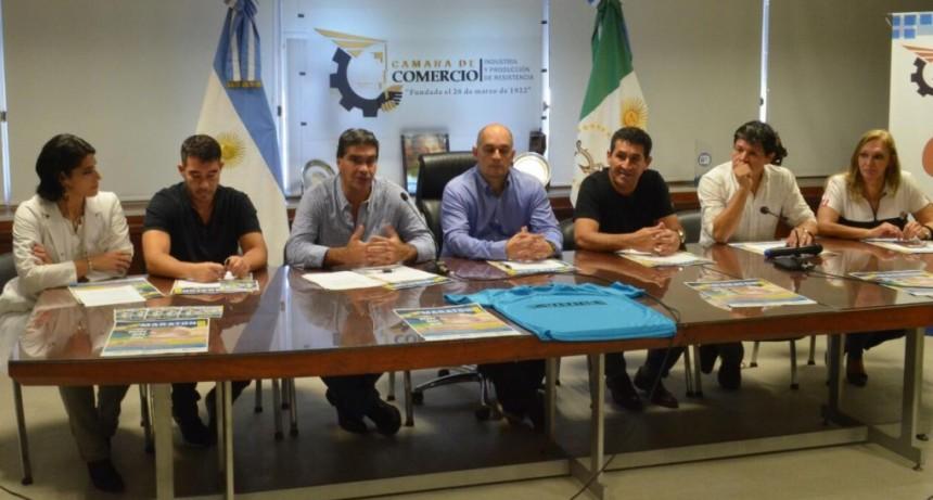 Capitanich acompañó el lanzamiento de la maratón aniversario de la Cámara de Comercio